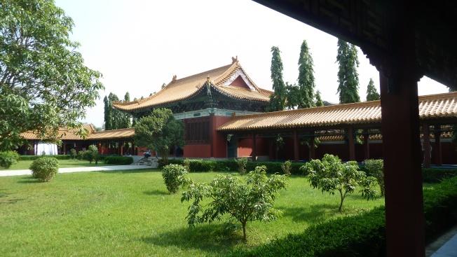 Chinese tempel Lumbini                                   foto : jampa 2011