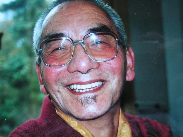 Lama Pangang Rinpoche de Tsewa Lama van Geshe Konchog Lhundup