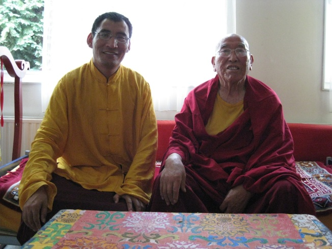 Lama Amnyi Trulchung Rinpoche en Geshe Konchog Lhundup