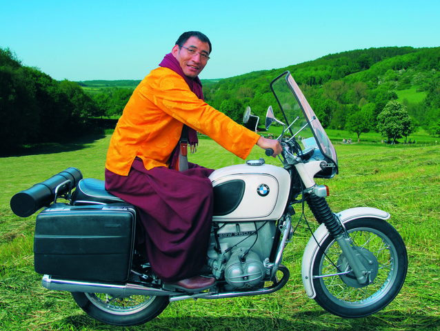 Rinpoche on Tour def lr